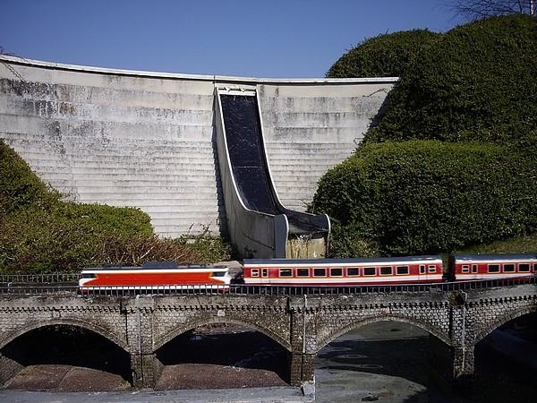 train410.jpg
