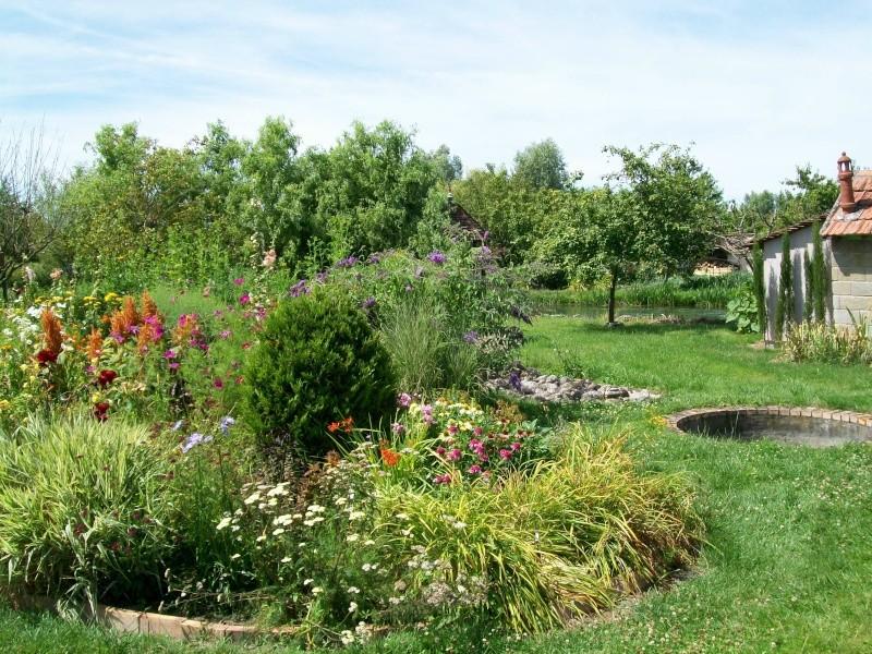 Les marais de bourges 18 for Le jardin des fleurs bourges