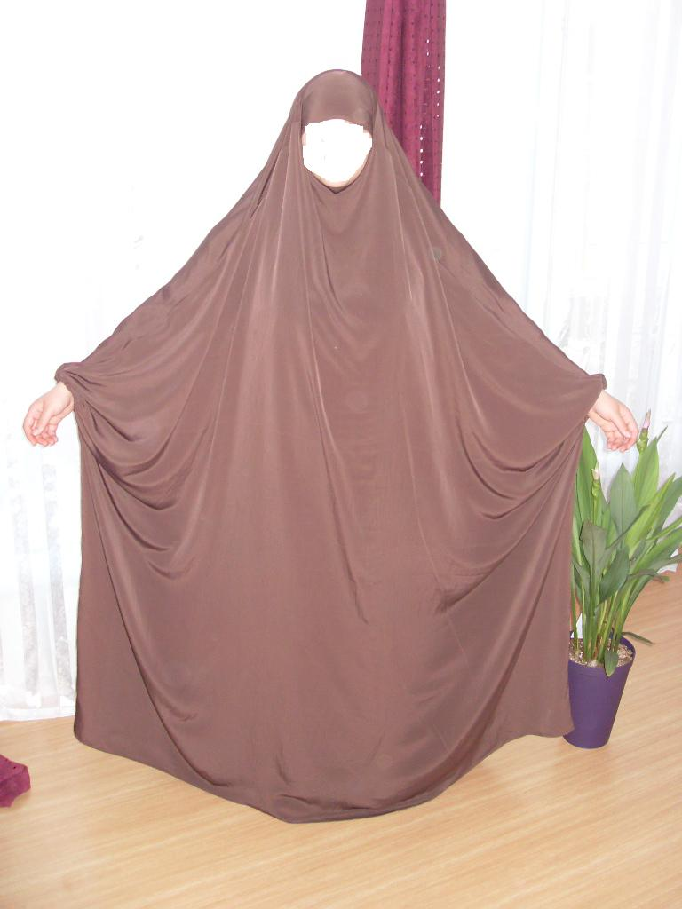 Jilbab une piece 1m50 de large for Portillon 1m50 de large