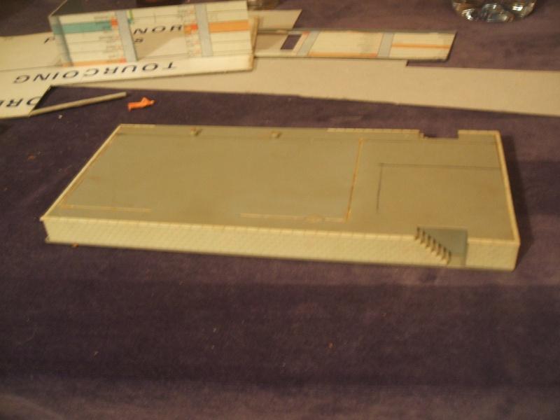 b timent c r alier en carton. Black Bedroom Furniture Sets. Home Design Ideas