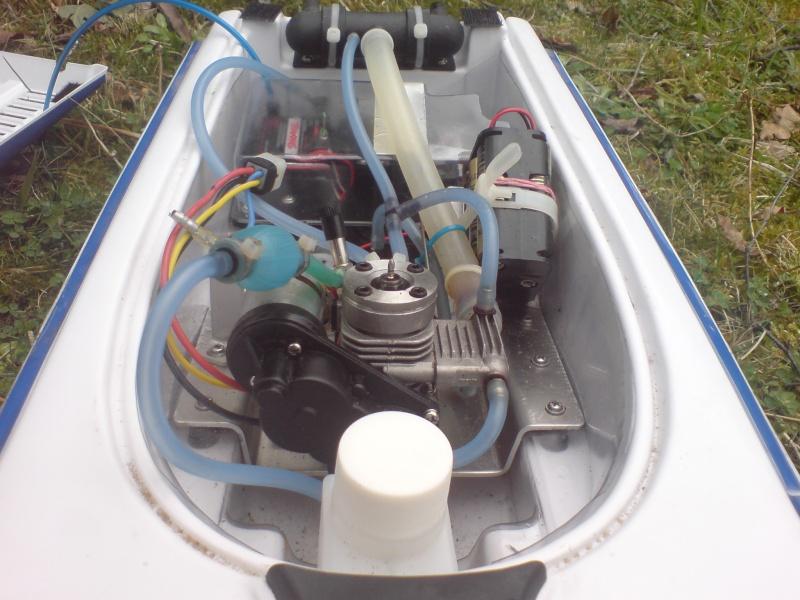 mon bateau traxxas nitro vee silver33. Black Bedroom Furniture Sets. Home Design Ideas