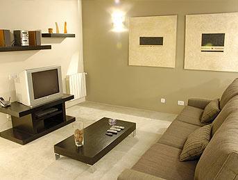 canapé taupe, couleurs des murs?