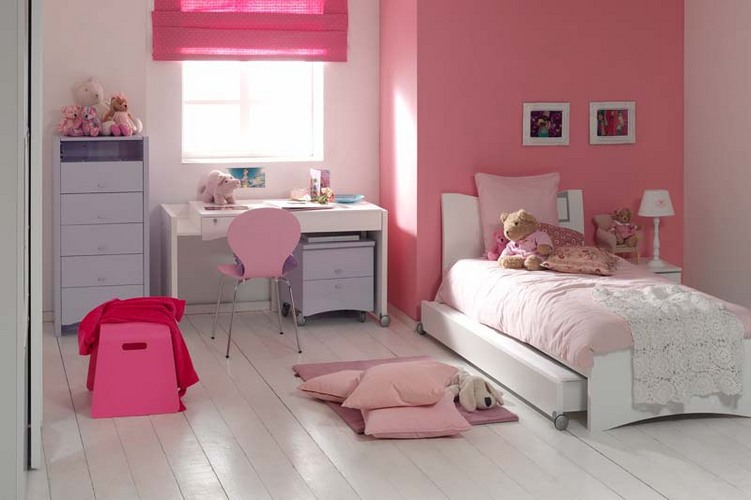 Peinture pour chambre fille couleur chambre fille 20 ans for Peinture chambre fille 6 ans