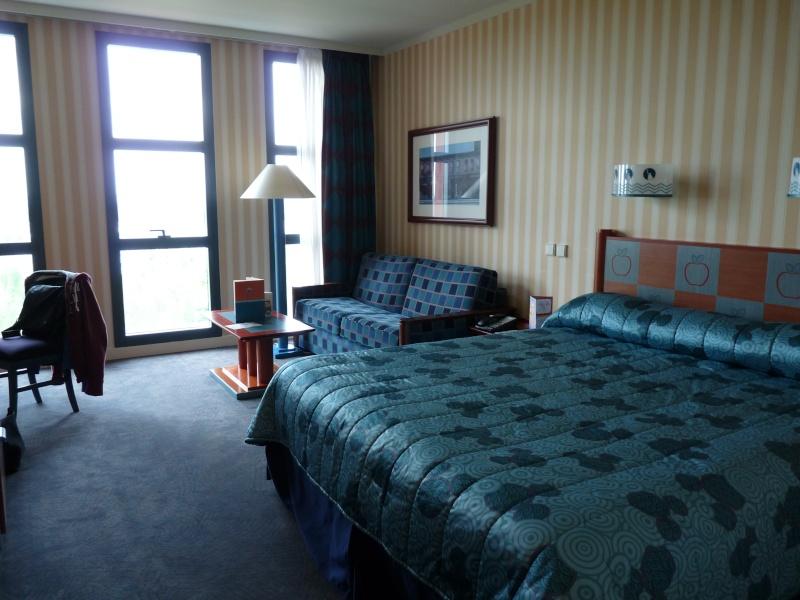 h tel disney disney 39 s hotel new york page 16. Black Bedroom Furniture Sets. Home Design Ideas