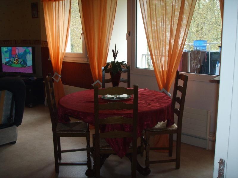 entree cuisine salle manger et salon dans la meme piece besoin d 39 id e pour la peinture des murs. Black Bedroom Furniture Sets. Home Design Ideas