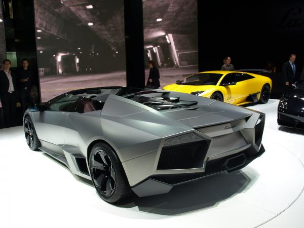 2009 lamborghini reventon roadster for Garage dacia aix en provence