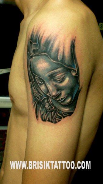 Gan nih Tattoo keren abis dari indonesia.....