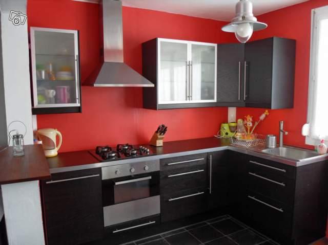Organisation cuisine salon s jour page 2 for Cuisine couleur rouge